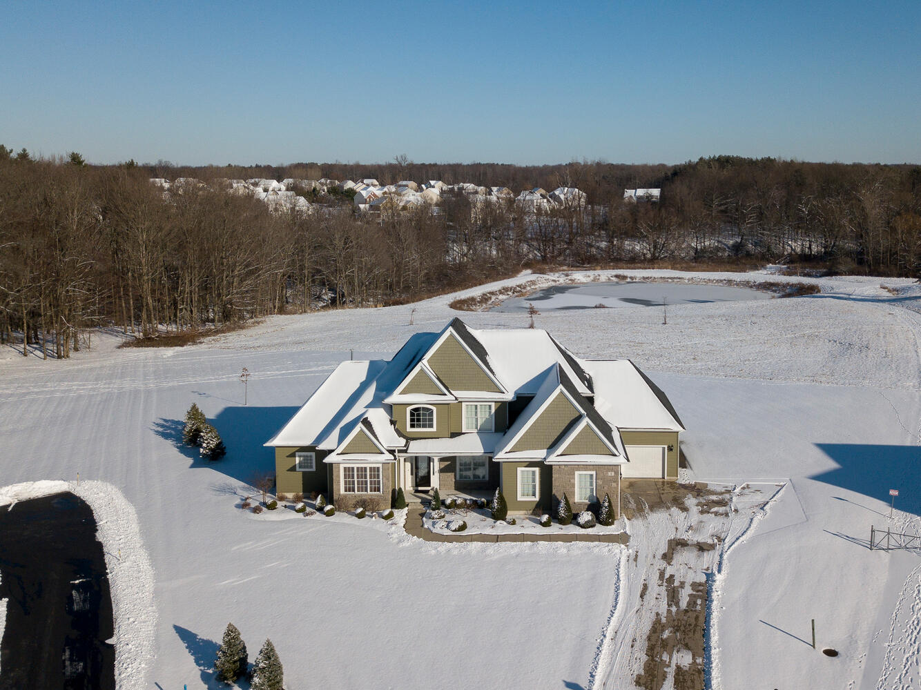 1 Evergreen Trail Orchard Park-large-029-002-Aerial-1335×1000-72dpi