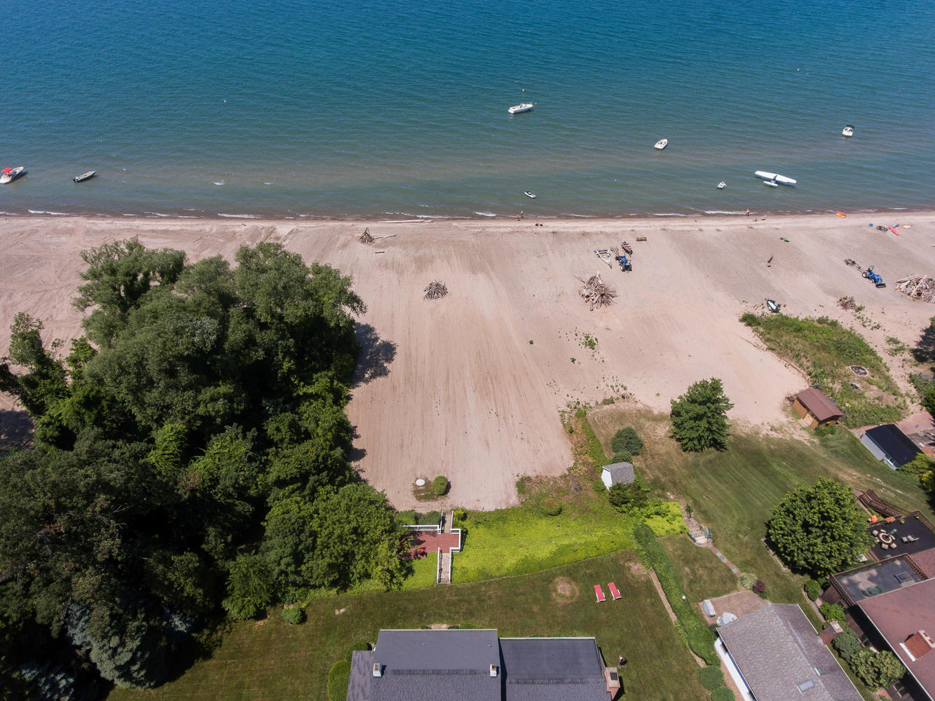 1298 Shore Dr Silver Creek NY-large-006-4-Aerial-1335×1000-72dpi