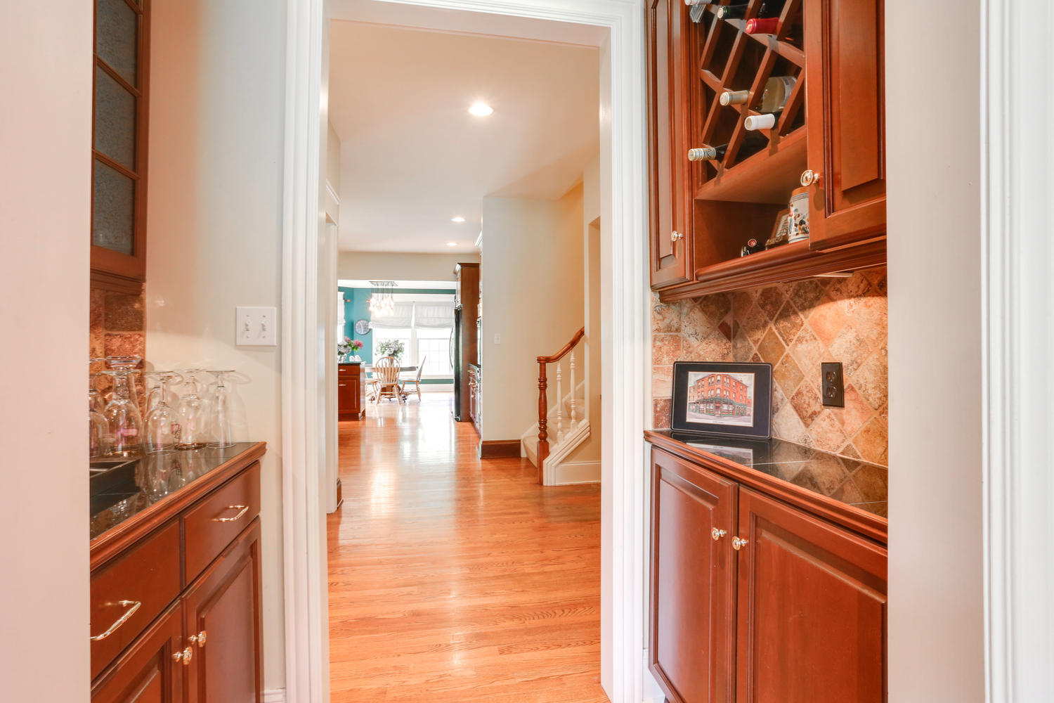 22 Timberline Elma NY 14059-large-018-23-Butlers Pantry-1500×1000-72dpi