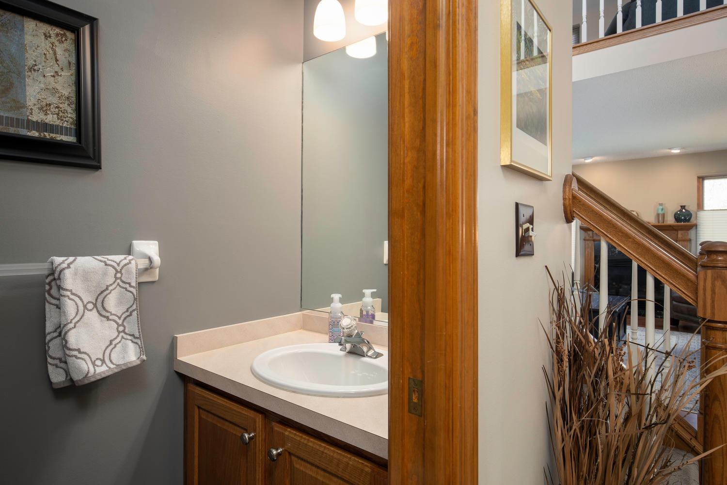 34 Westview Dr West Seneca NY-large-015-001-Bathroom-1500×1000-72dpi