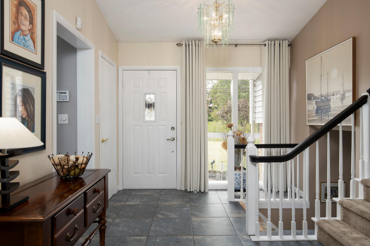 5258 Armor Duells Rd Orchard-large-003-013-Foyer-1500×1000-72dpi
