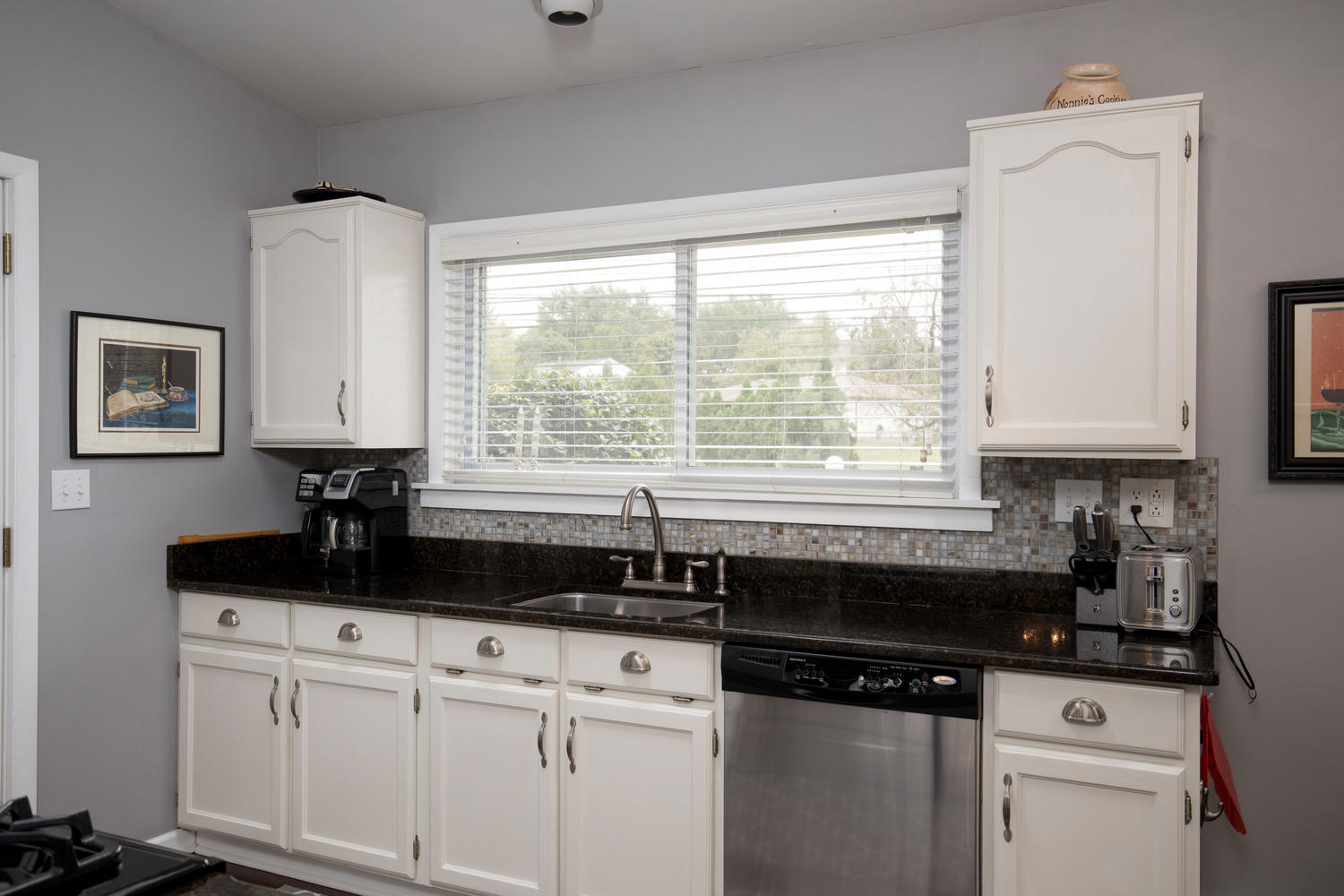 5258 Armor Duells Rd Orchard-large-009-016-Kitchen-1500×1000-72dpi