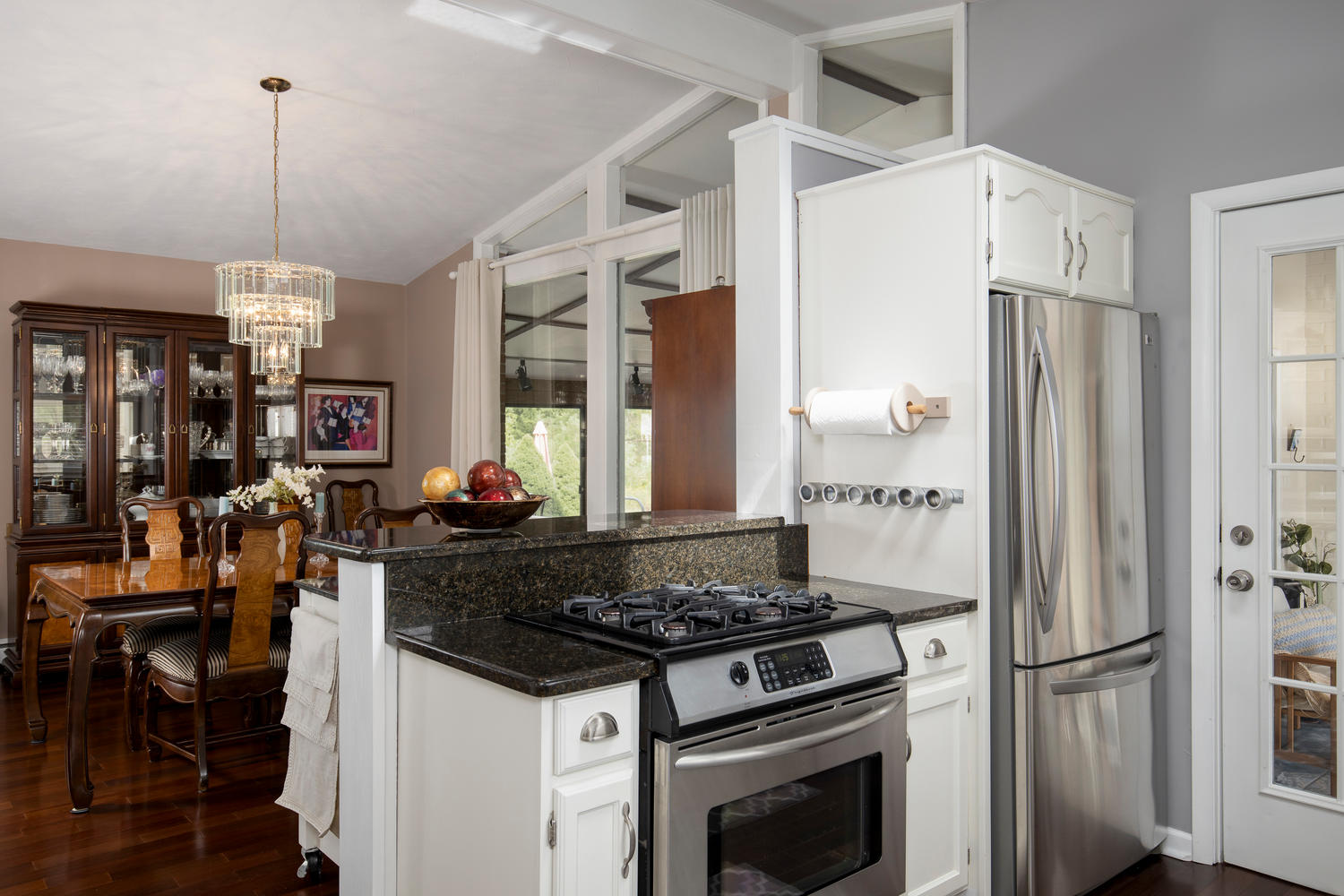 5258 Armor Duells Rd Orchard-large-010-018-Kitchen-1500×1000-72dpi