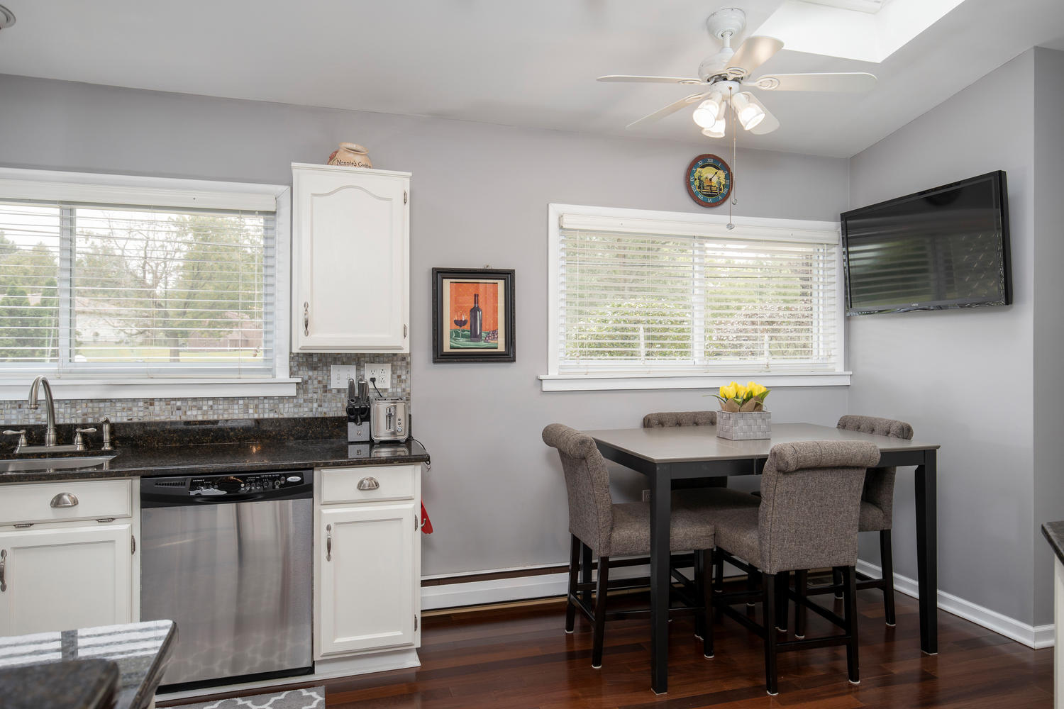5258 Armor Duells Rd Orchard-large-012-020-Kitchen-1500×1000-72dpi