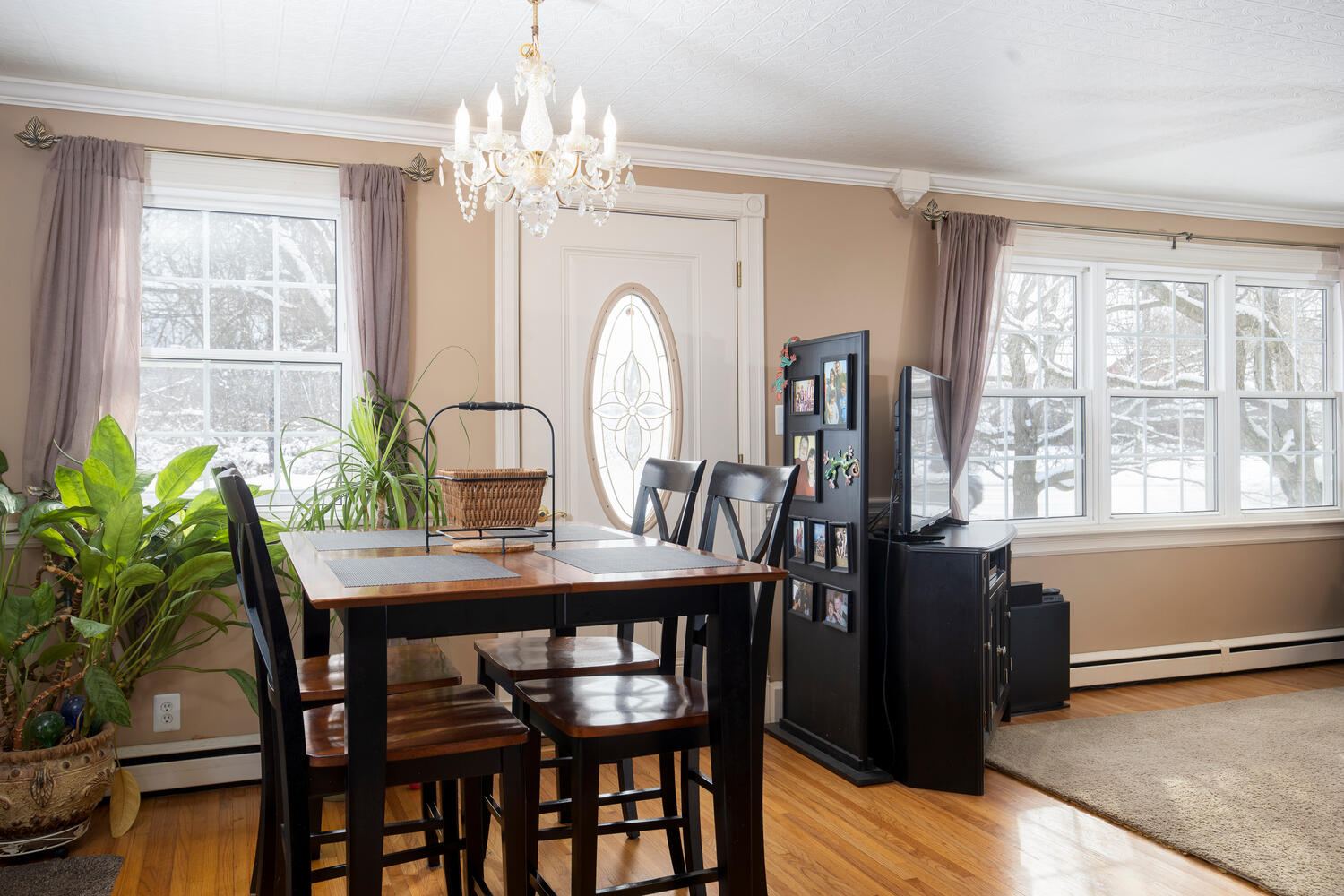 5318 Armor Duells Rd Orchard-large-003-004-Dining Room-1500×1000-72dpi