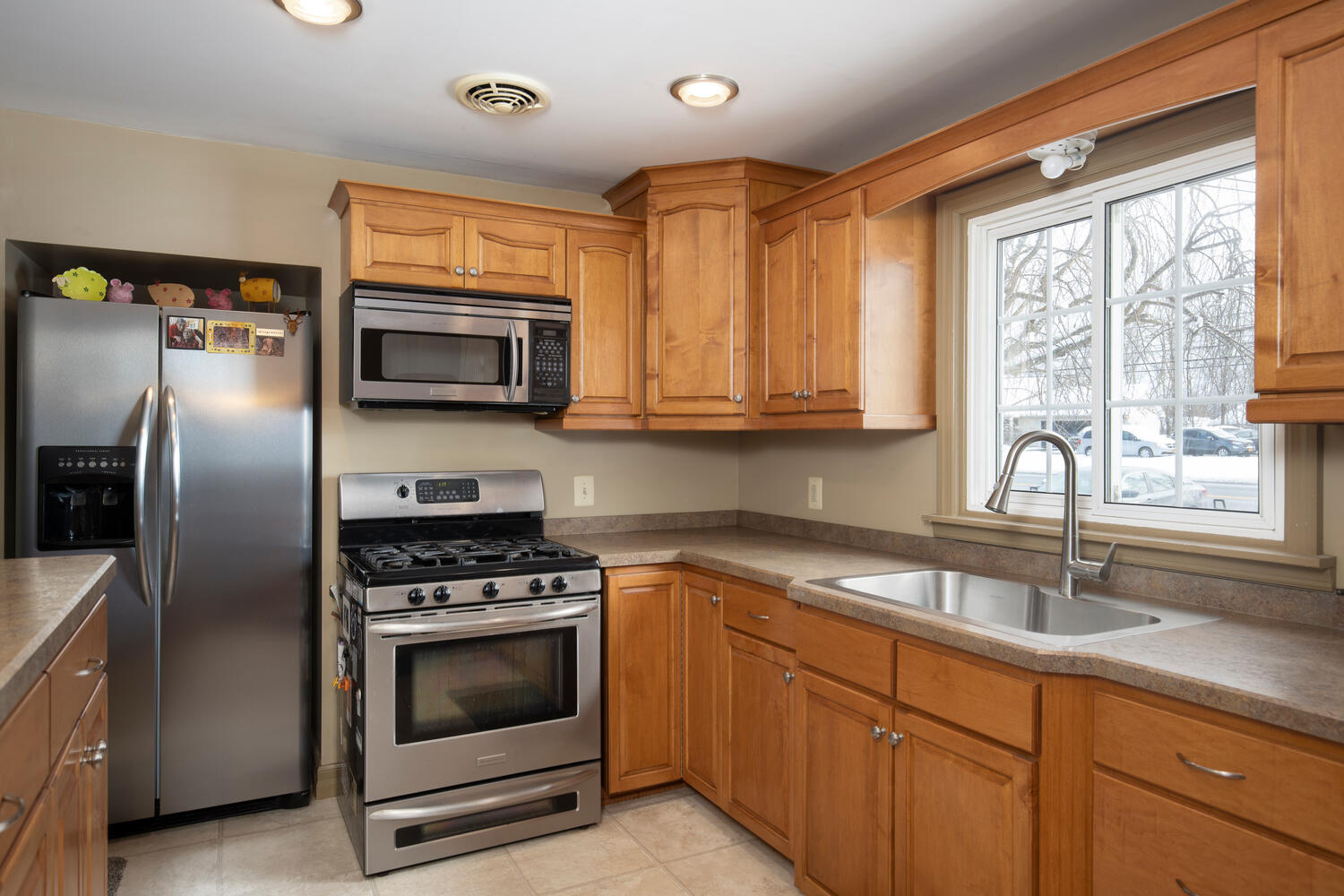 5318 Armor Duells Rd Orchard-large-007-015-Kitchen-1500×1000-72dpi