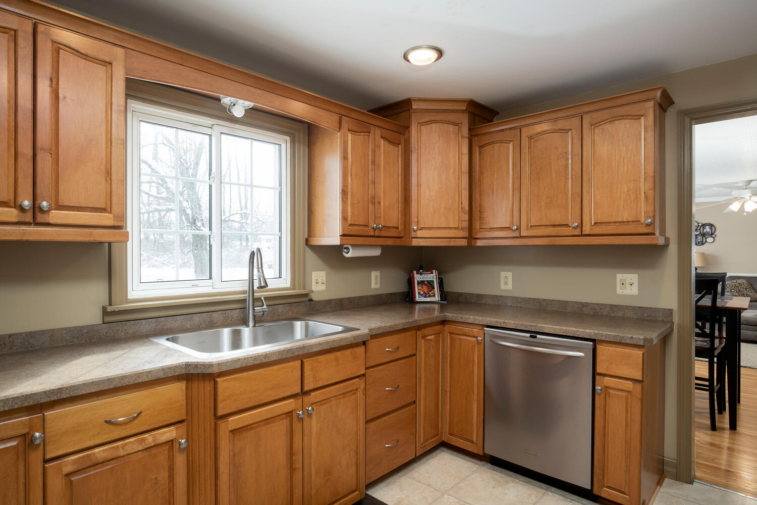 5318 Armor Duells Rd Orchard-large-009-016-Kitchen-1500×1000-72dpi