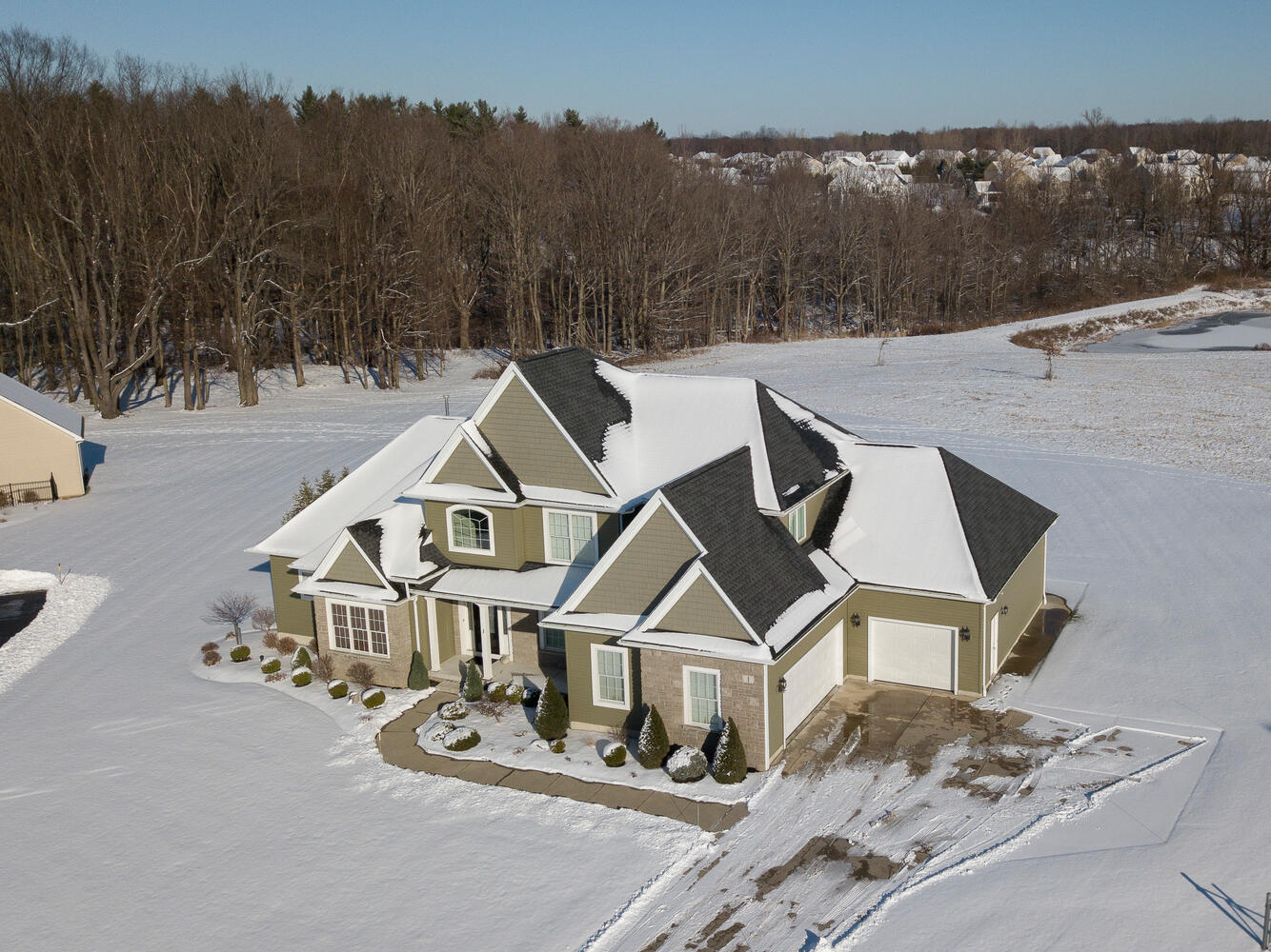 1 Evergreen Trail Orchard Park-large-030-003-Aerial-1335×1000-72dpi