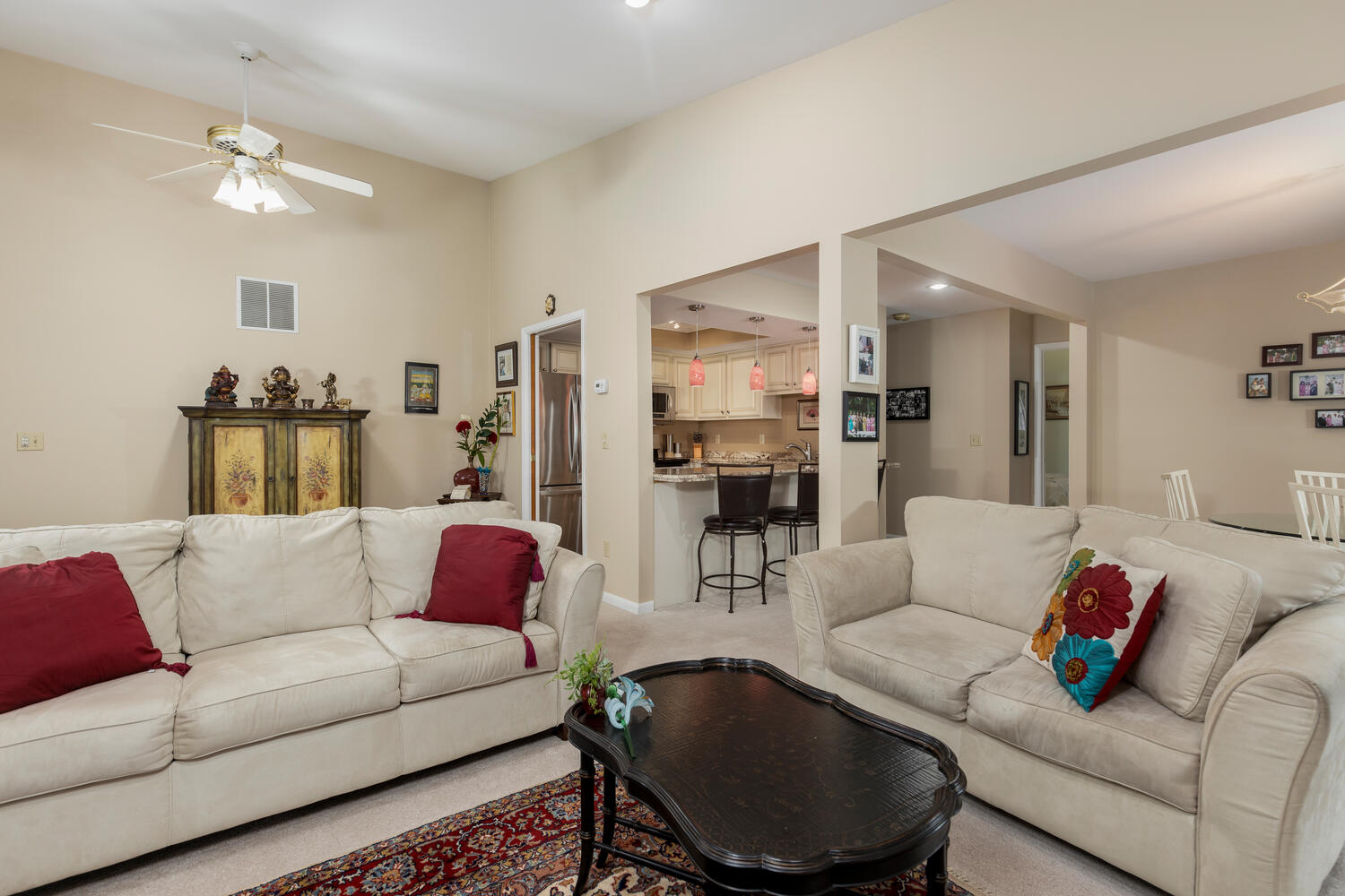 1205 Youngs Rd Unit APT F-large-005-002-Living Room-1500×1000-72dpi