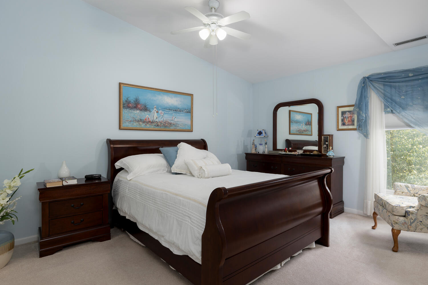 1205 Youngs Rd Unit APT F-large-010-003-Master Bedroom-1500×1000-72dpi