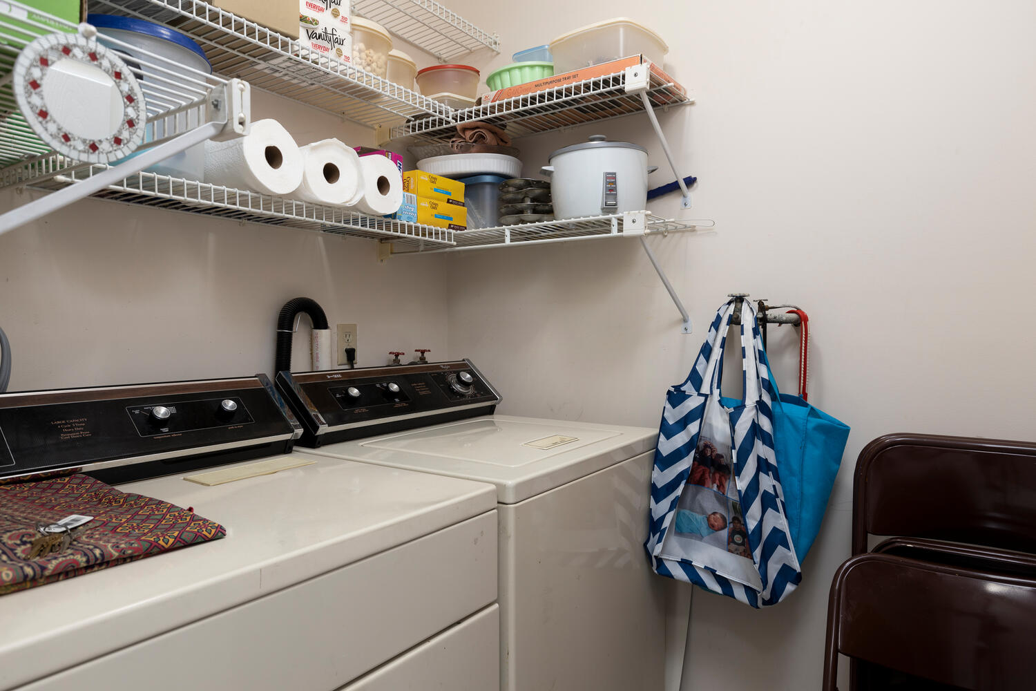 1205 Youngs Rd Unit APT F-large-014-006-Laundry-1500×1000-72dpi